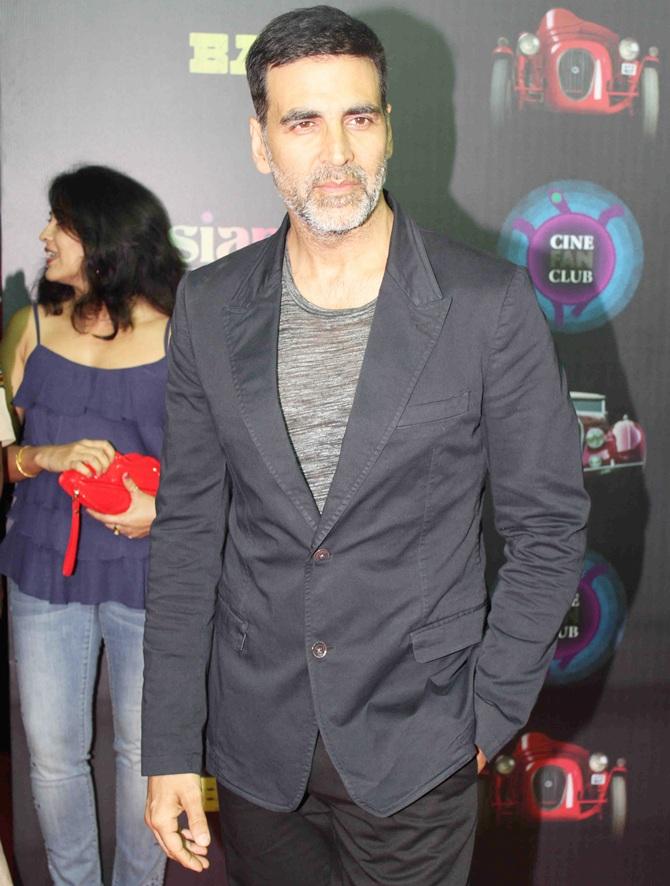 Current Bollywood News & Movies - Indian Movie Reviews, Hindi Music & Gossip - PIX: Akshay, Anupam Kher watch Baby again!