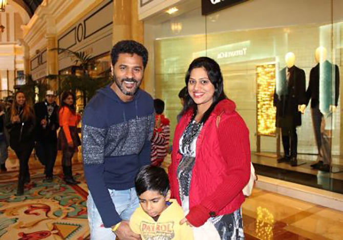 Current Bollywood News & Movies - Indian Movie Reviews, Hindi Music & Gossip - Spotted: Prabhudheva at Las Vegas