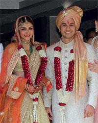 Current Bollywood News & Movies - Indian Movie Reviews, Hindi Music & Gossip - PIX: Soha Ali Khan weds Kunal Khemmu