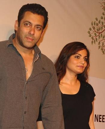 Anupam kher show vidya balan online dating
