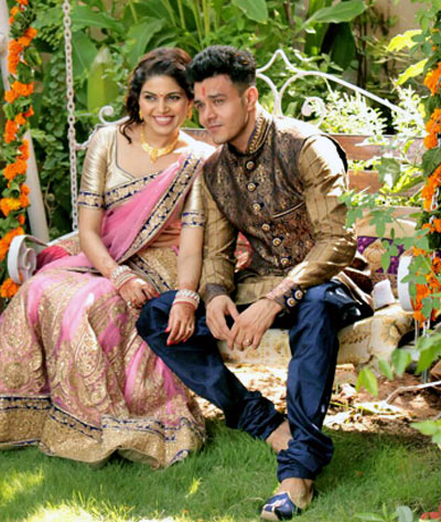 Current Bollywood News & Movies - Indian Movie Reviews, Hindi Music & Gossip - PIX: TV actor Anirudh Dave gets engaged
