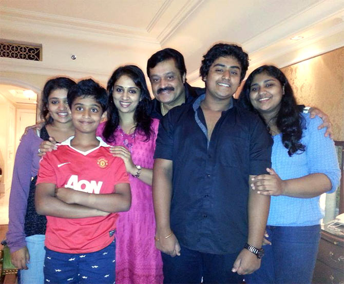 vijay son and daughter images