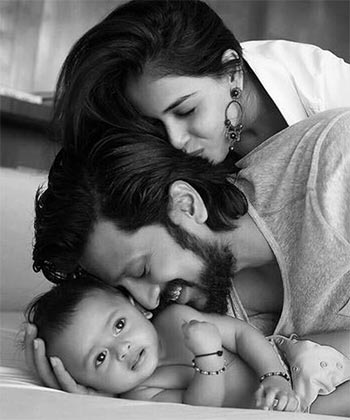 Current Bollywood News & Movies - Indian Movie Reviews, Hindi Music & Gossip - PIX: Meet Riteish and Genelia's little son