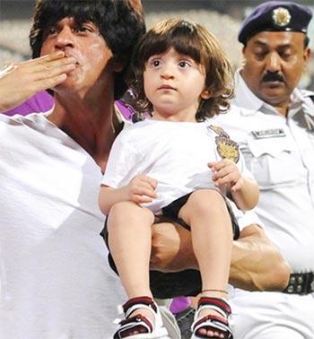 Current Bollywood News & Movies - Indian Movie Reviews, Hindi Music & Gossip - Pix: Shah Rukh's son AbRam turns 2