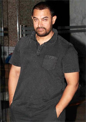 Aamir Khan Collapses On The Sets Of Dangal Rediffcom Movies