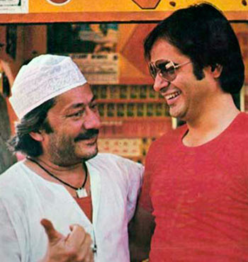 Saeed Jaffery and Farooque Shaikh in Chashme Badoor