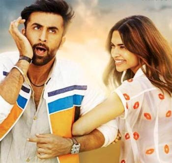 Current Bollywood News & Movies - Indian Movie Reviews, Hindi Music & Gossip - Tamasha: Some genuine frights but too much orchestrated silliness