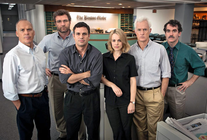 Michael Keaton, Liev Schreiber, Mark Ruffalo, Rachel McAdams, John Slattery and Billy Crudup in Spotlight.