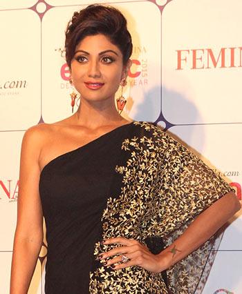 Current Bollywood News & Movies - Indian Movie Reviews, Hindi Music & Gossip - PIX: Shilpa, Shruti, Mini Mathur at an awards show