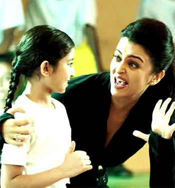 Current Bollywood News & Movies - Indian Movie Reviews, Hindi Music & Gossip - Review: Aishwarya's Jazbaa has little to cheer about