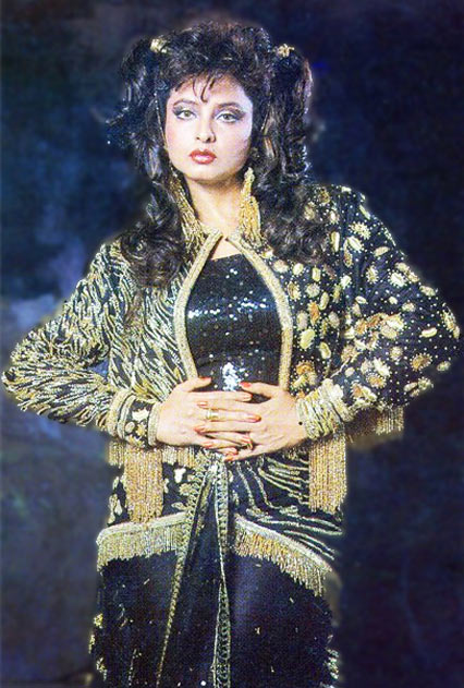 Current Bollywood News & Movies - Indian Movie Reviews, Hindi Music & Gossip - Rekha's 12 ADVENTUROUS Fashion Moments