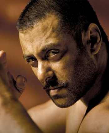 Current Bollywood News & Movies - Indian Movie Reviews, Hindi Music & Gossip - FIRST LOOK: Salman Khan in Sultan!