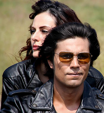 Randeep Hooda and Mandana Karimi in Main Aur Charles