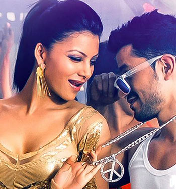 Urvashi Rautela and Kunal Khemu in Bhaag Johnny