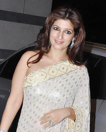 twinkle khanna mother