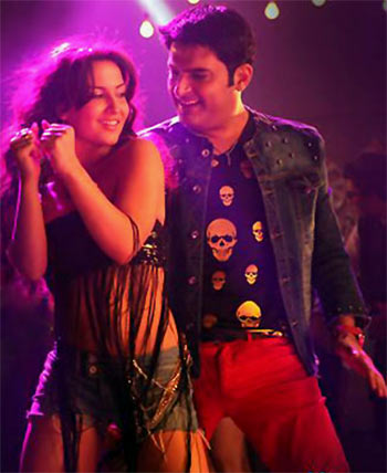Elli Avram and Kapil Sharma in Kis Kisko Pyaar Karoon