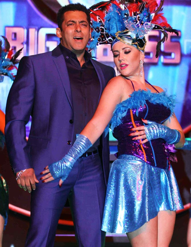 Current Bollywood News & Movies - Indian Movie Reviews, Hindi Music & Gossip - 'I don't act in Bigg Boss'