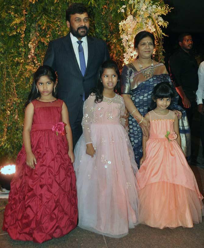 Astounding Pix Nagarjuna Allu Arjun At Chiranjeevis Daughters Reception Short Hairstyles Gunalazisus