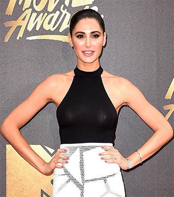 PIX: Nargis Fakhri, Charlize Theron at MTV Movie Awards