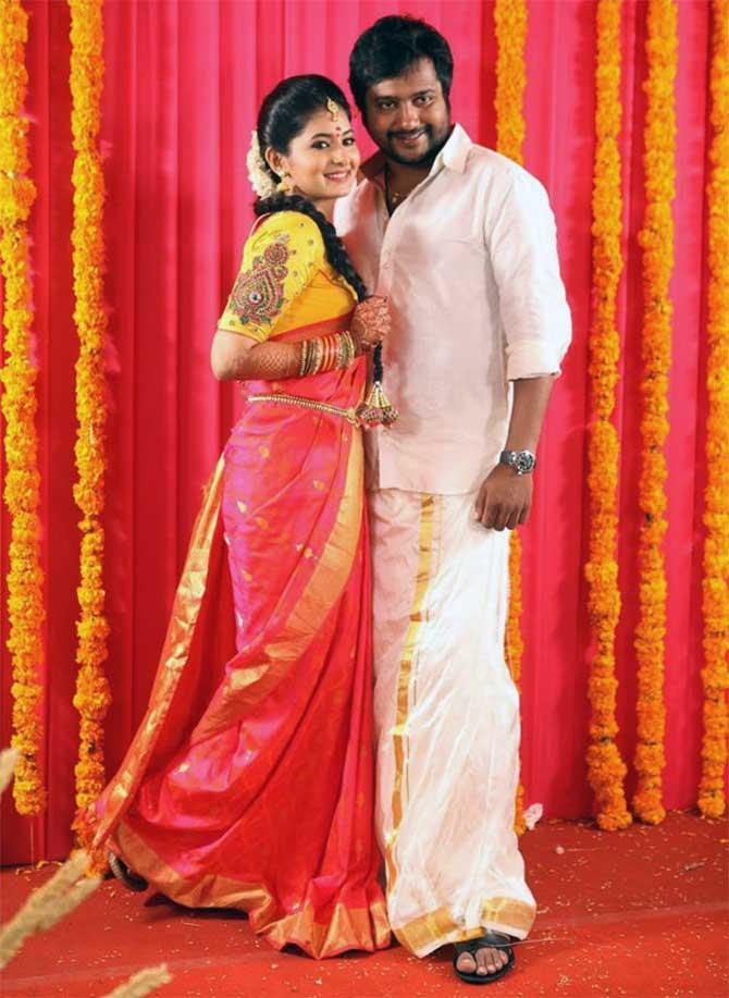 Bobby Simha To Marry Reshmi Menon Rediffcom Movies