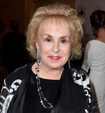 Everybody Loves Raymond star Doris Roberts dies at 90