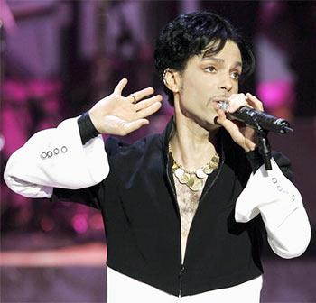 No indication of trauma, suicide in Prince's death: Los Angeles Police