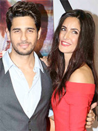Current Bollywood News & Movies - Indian Movie Reviews, Hindi Music & Gossip - 'Baar Baar Dekho is not about time travel'