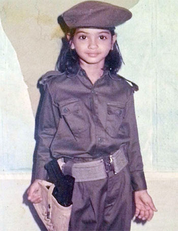 Current Bollywood News & Movies - Indian Movie Reviews, Hindi Music & Gossip - Beat #MondayBlues: Guess who this actress is!