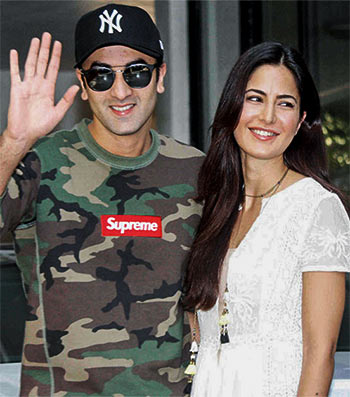 Current Bollywood News & Movies - Indian Movie Reviews, Hindi Music & Gossip - Ranbir Kapoor discusses his break-up with Katrina