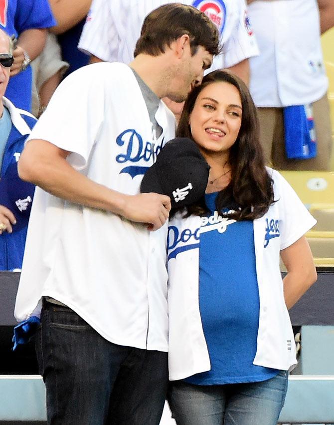 Mila Kunis, Ashton Kut...