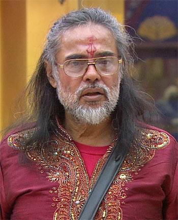 Current Bollywood News & Movies - Indian Movie Reviews, Hindi Music & Gossip - Bigg Boss: Oh no! Bluffmaster Baba is back