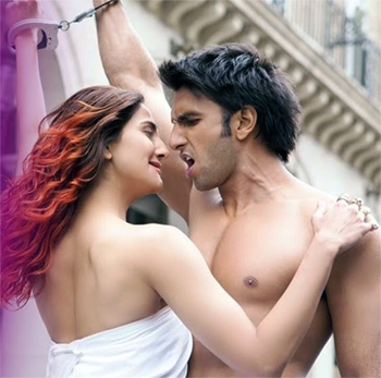 Vaani Kapoor and Ranveer Singh in Befikre