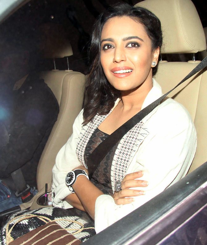 Actress Swara Bhaskar makes sure to have her seat belt locked in when she is in her car.