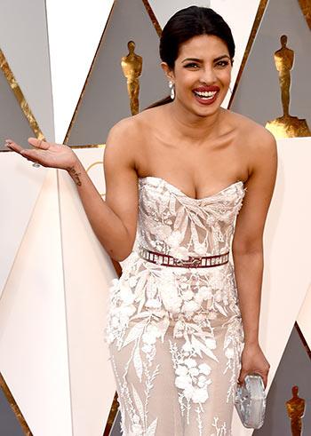 PIX: Priyanka Chopra, at the Oscars!