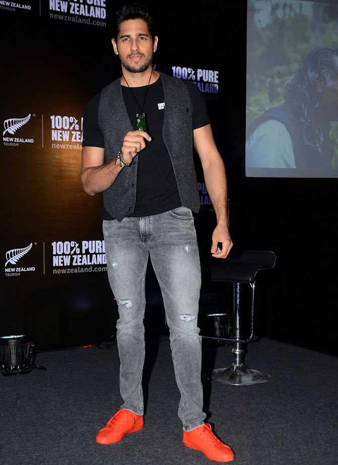 PIX: Bollywood's men love RED SHOES! - Rediff.com Movies