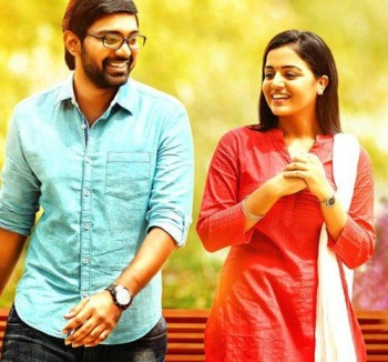Current Bollywood News & Movies - Indian Movie Reviews, Hindi Music & Gossip - Review: Maalai Nerathu Mayakkam is too melodramatic