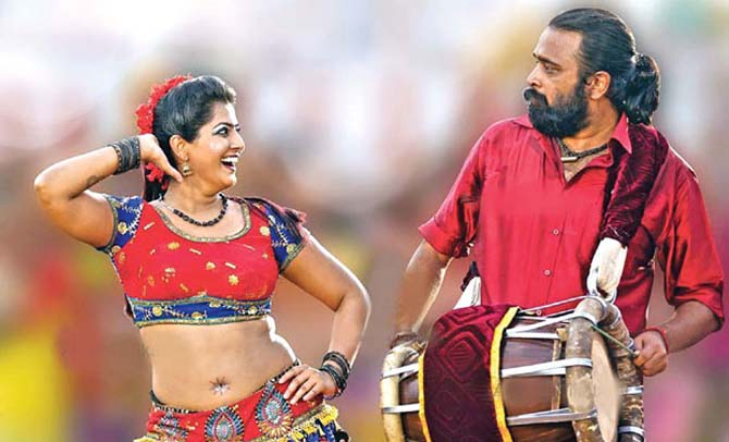 Current Bollywood News & Movies - Indian Movie Reviews, Hindi Music & Gossip - Review: Thaarai Thappattai is brutally honest