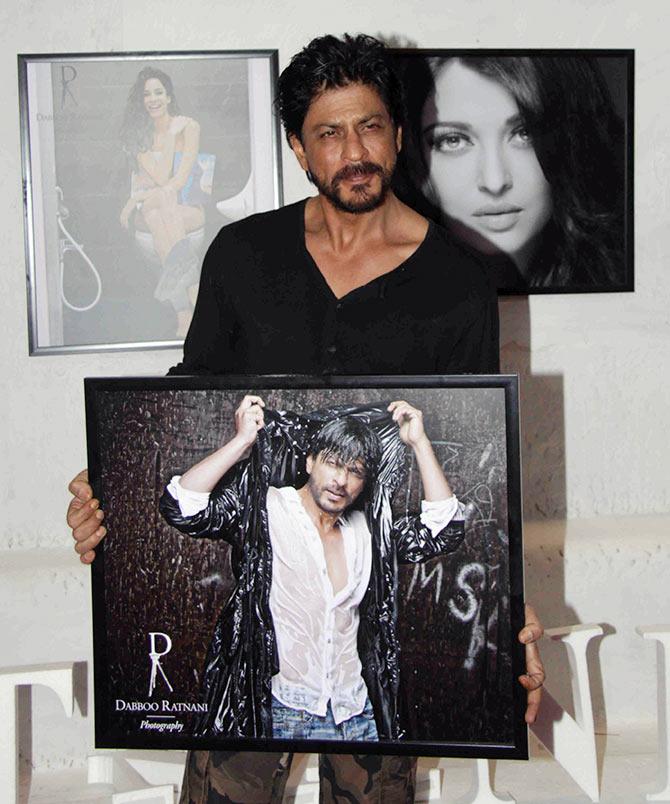 Current Bollywood News & Movies - Indian Movie Reviews, Hindi Music & Gossip - PIX: SRK, Farhan, Shraddha at Dabboo Ratnani's calendar launch
