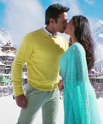 Pulkit Samrat and Yami Gautami in Sanam Re