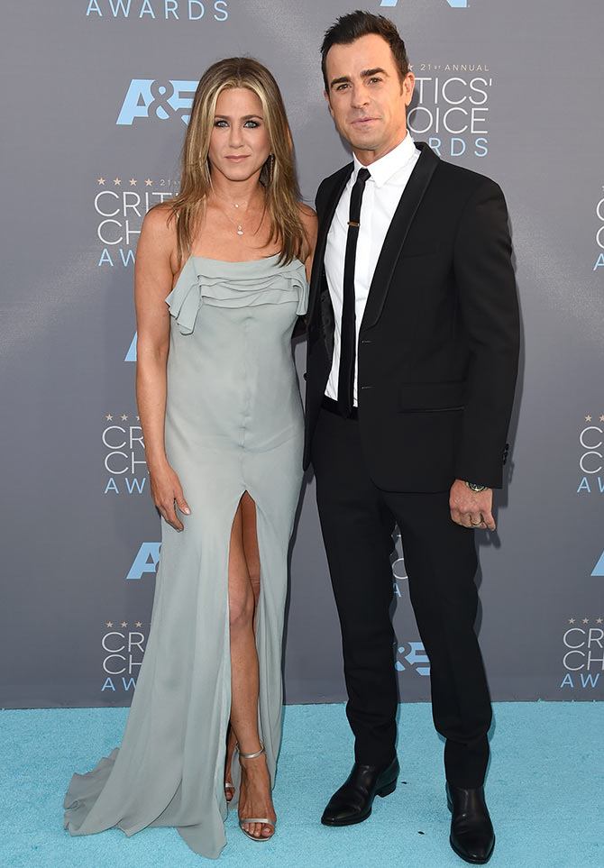Jennifer Aniston, Justin Theroux living separate lives?