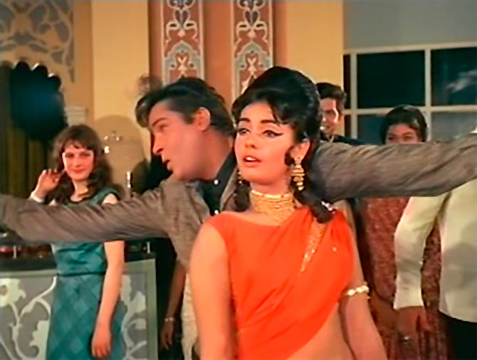 Shammi Kapoor and Mumtaz in Brahmachari.