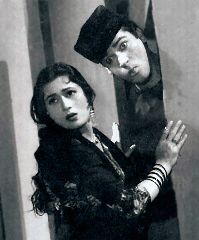 Madhubala and Shammi Kapoor in Boy Friend.