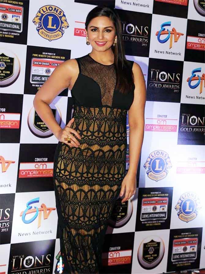 Current Bollywood News & Movies - Indian Movie Reviews, Hindi Music & Gossip - PIX: Ranveer Singh, Huma Qureshi, Athiya Shetty at 22nd Lions Gold Awards