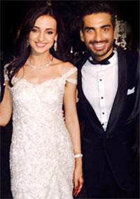 Current Bollywood News & Movies - Indian Movie Reviews, Hindi Music & Gossip - PIX: Sanaya Irani and Mohit Sehgal's Goa wedding