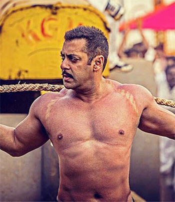 Current Bollywood News & Movies - Indian Movie Reviews, Hindi Music & Gossip - Review: Sultan is a classic Salman Khan vehicle