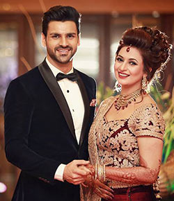 Current Bollywood News & Movies - Indian Movie Reviews, Hindi Music & Gossip - PIX: Divyanka-Vivek's wedding reception