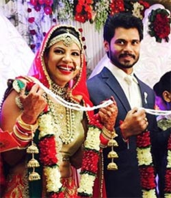 Current Bollywood News & Movies - Indian Movie Reviews, Hindi Music & Gossip - PHOTOS: Inside Sambhavna Seth's wedding