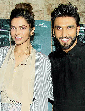 Current Bollywood News & Movies - Indian Movie Reviews, Hindi Music & Gossip - PIX: Deepika-Ranveer watch Madaari