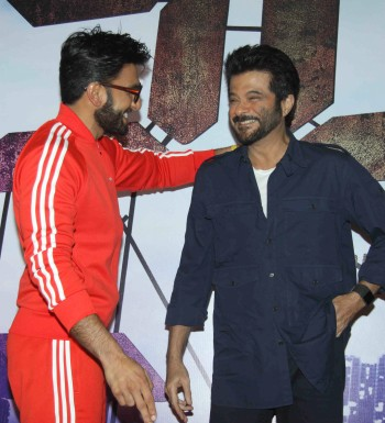 Current Bollywood News & Movies - Indian Movie Reviews, Hindi Music & Gossip - PIX: Ranveer Singh has some fun with Anil Kapoor!