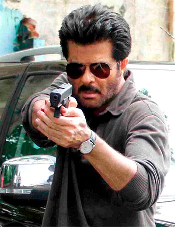 Current Bollywood News & Movies - Indian Movie Reviews, Hindi Music & Gossip - TV Review: Anil Kapoor and Sikandar Kher turn up the heat in 24
